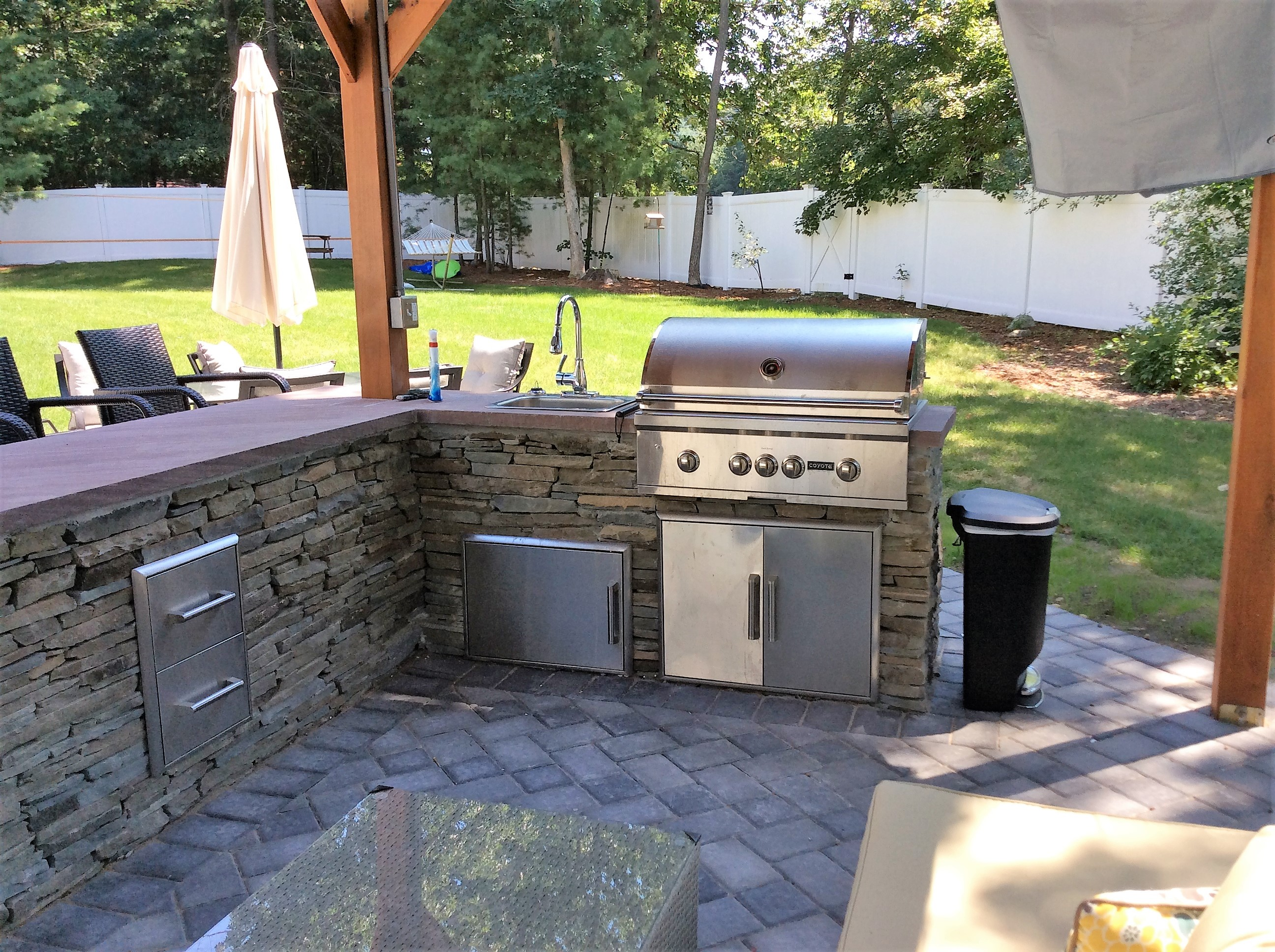 Outdoor kitchens make for the perfect spot to BBQ and entertain.