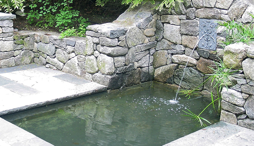Landscape Water Features & Pool Water Features